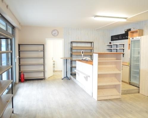 Prodejna, 74 m2, Čimice